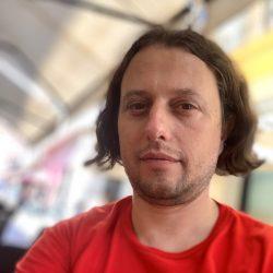 Павел Главинов Член на УС Tesla Model X и Renault ZOE